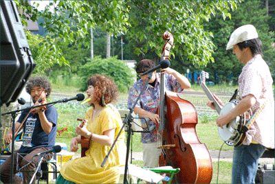 楽しい夏の日「泉のさとの音集め」