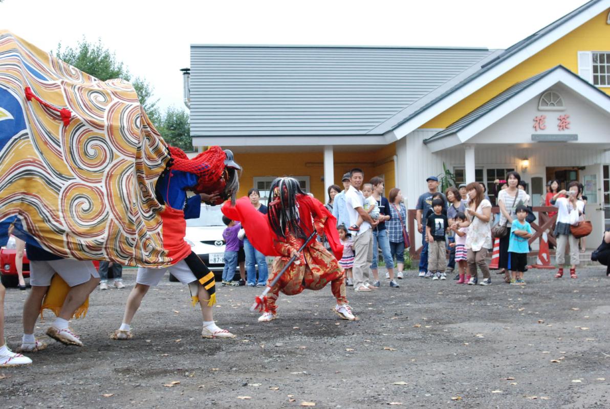 村の秋祭り